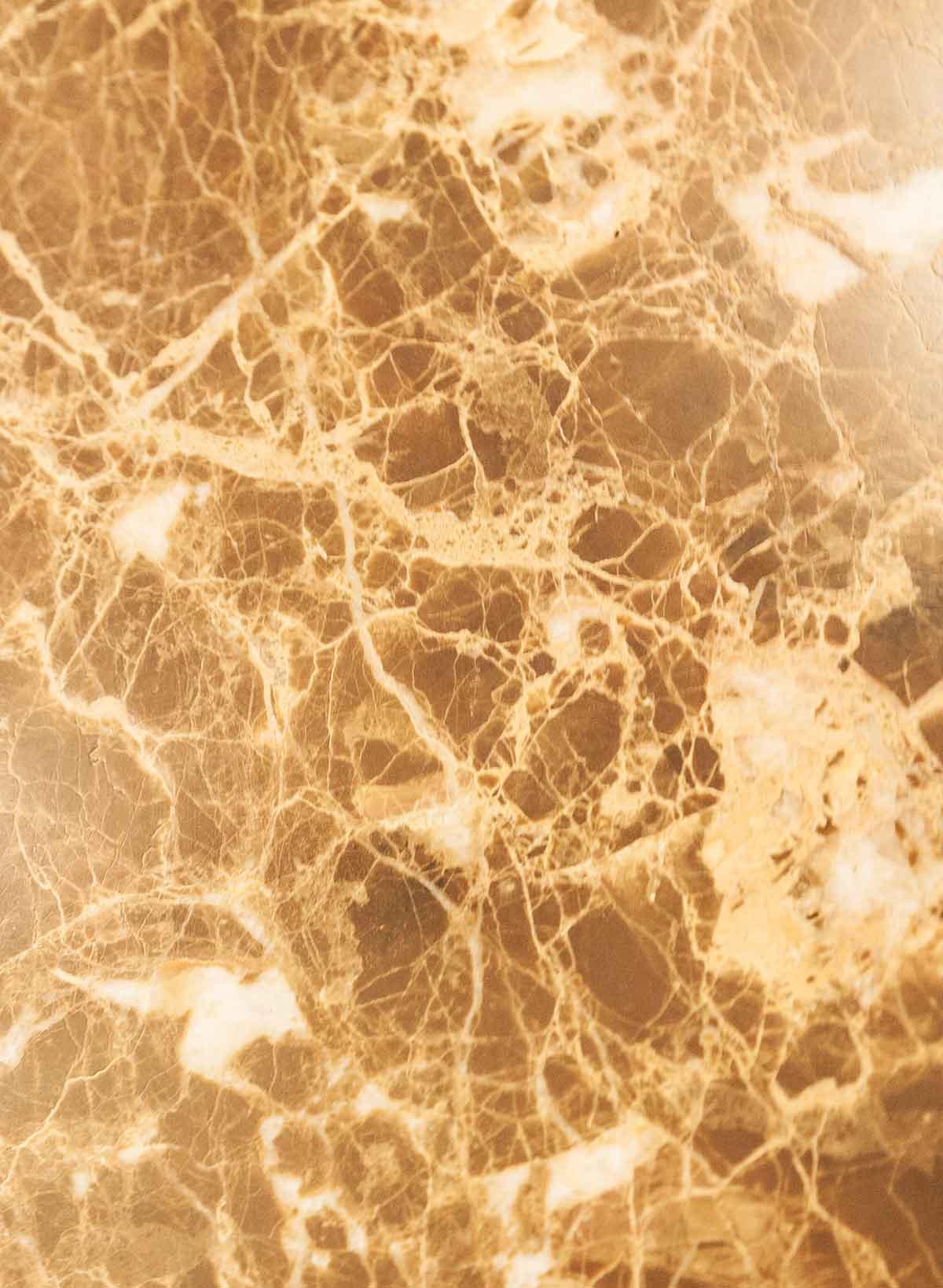 Naldi pavimenti, Materiali, Marmo giallo