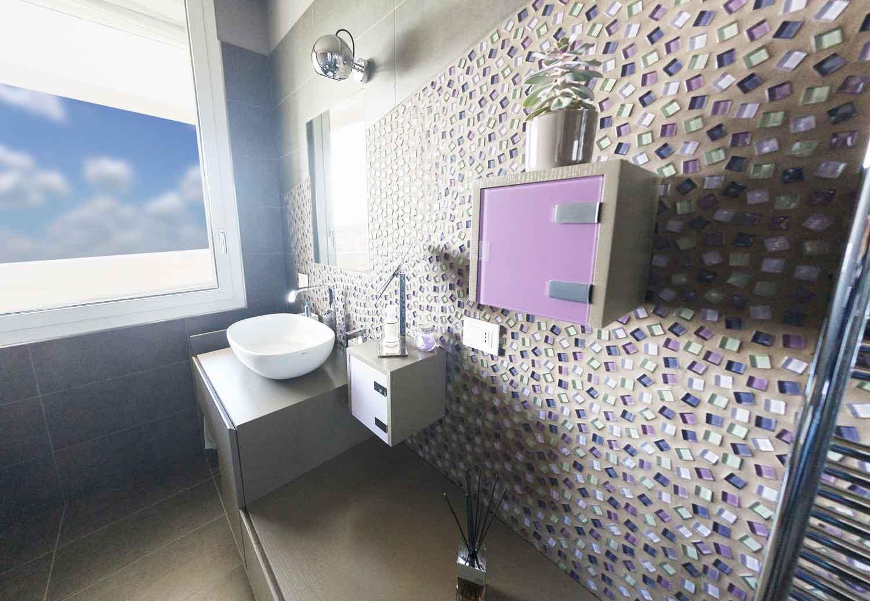 Piastrelle bagno mosaico blu idee bagni moderni con